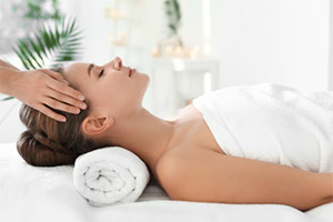 Relaxing Hypnotic Massage Therapy